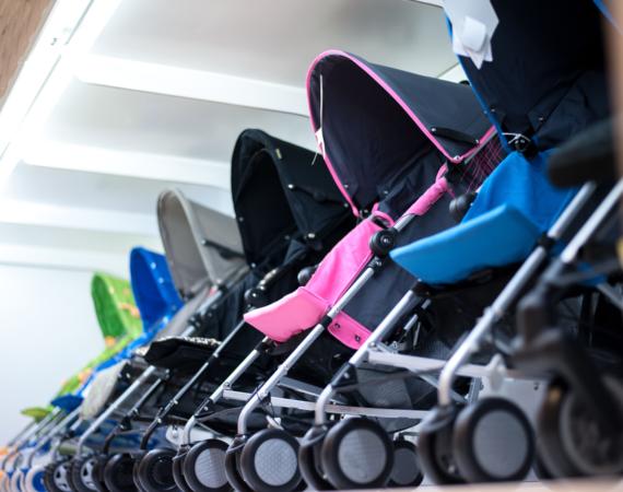 Tips Membersihkan & Merawat Stroller Bayi